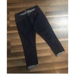 Old Navy size 10 crop pants/capri jeans